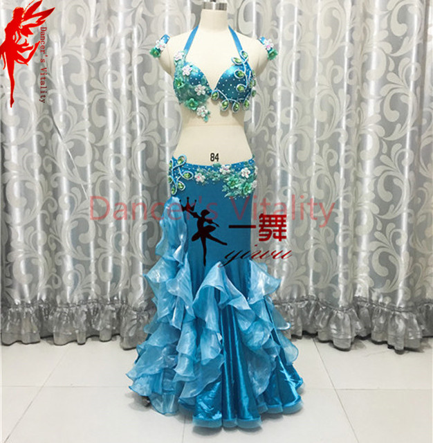 484452d661202 Donne Prestazioni vestiti di danza del ventre India fiori bra top e lunghi  gonna 2 pz