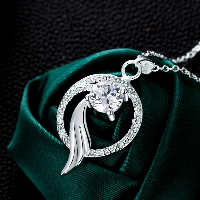 Fairy Tail Fox Tail in Round Shaped Elegant Luxurious Silver Plated Crystal Pendant Necklace