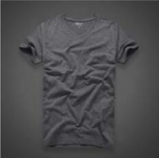 Super comfortable and refreshing handsome T-shirt bottoming clothes