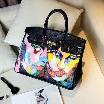 2016 European Luxury Design Black PU Leather 35CM Gold Hardwere Custom Handpainted Graffiti Female Bag Figure Painting