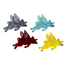 New Arrival Flying Pig Brooches Pins Pigs Can Fly Women Men Resin Acrylic Brooch Dcnovember Boutique Jewelry