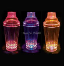 10Pcs/Lot Flashing LED Light-Up Cocktail Shaker MARTINI SHAKER colorful Strobing