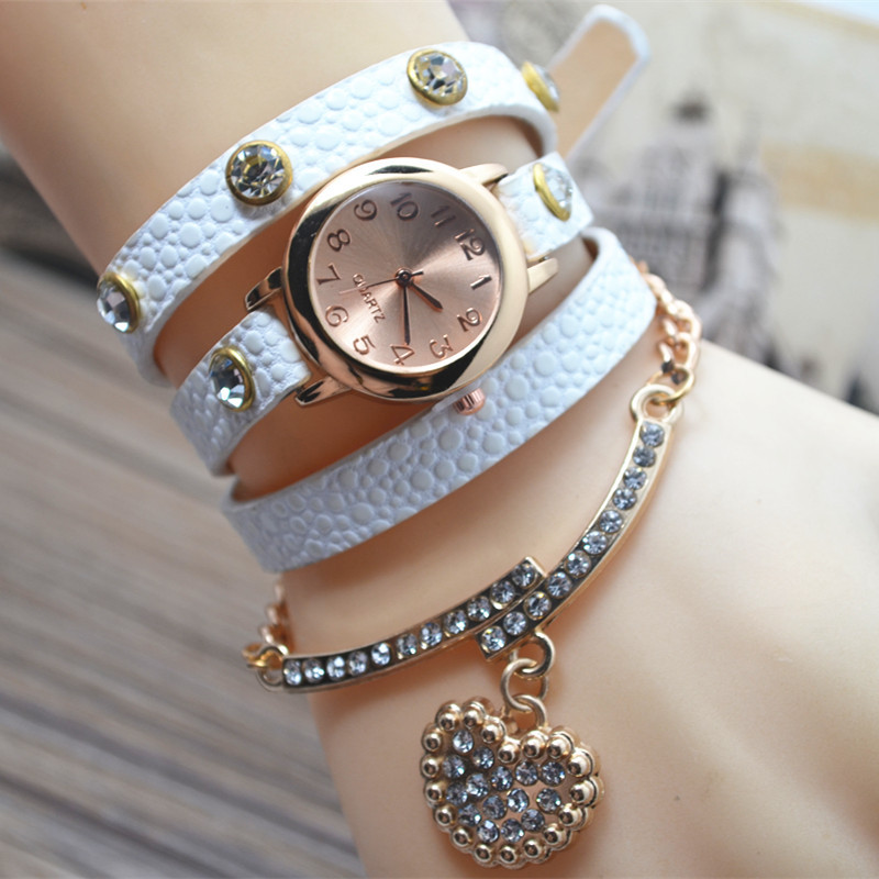 2018 New Heart Pendant Long Chain Bracelet Watch Woman Fashion PU Leather Casual Dress Ladies Quartz Wristwatch