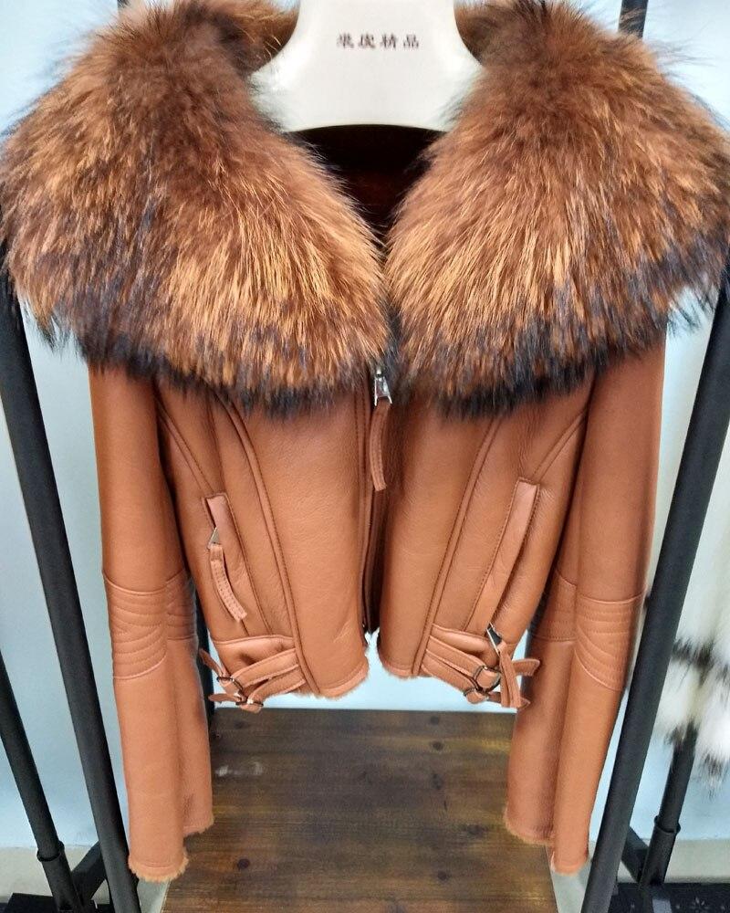 ANDERELLA 100% Натуральная Шерсть Мех животных пальто для женщин короткая парка негабаритных енота воротник из натуральной овчины пальт