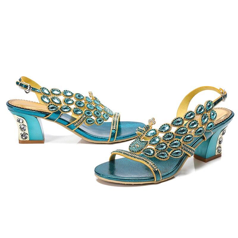 2019 새로운 샌들 여성 여름 라인 석 신발 오픈 발가락 다이아몬드 세련 된 두꺼운 뒤꿈치 여성 신발 청록색 블루 파티 샌들-에서하이힐부터 신발 의  그룹 2