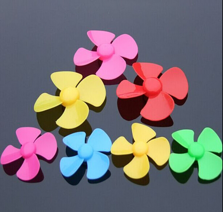 56mm four-leaf multicolor yellow plastic propeller model paddle (2mm aperture) DIY science and technology make paddle fan