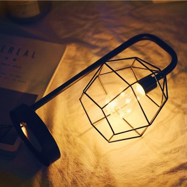 Battery Operated Retro Iron Art Table Lamps Minimalist Night Light Reading Lamp Bedroom Desk Lighting Decoration