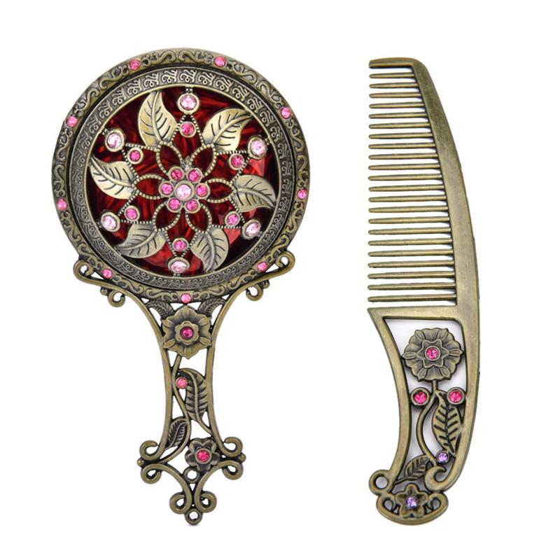 Vereinigt Neue 2 Teile/satz Zufällige Farbe Retro Bronze Handheld Spiegel Hohl Kosmetische Kompakte Spiegel Kamm Mit Geschenk-box Für Frauen Haut Pflege Werkzeuge