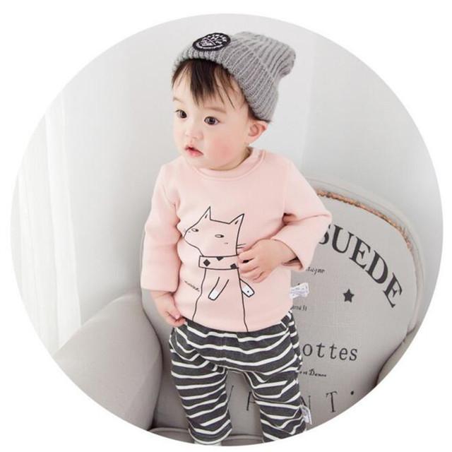 Transporte rápido de Alta Qualidade Crianças Vestuário 2016 Coreano Outono Inverno Impressão de Lã Quente Camisola Infantil Bebê Roupas Unissex