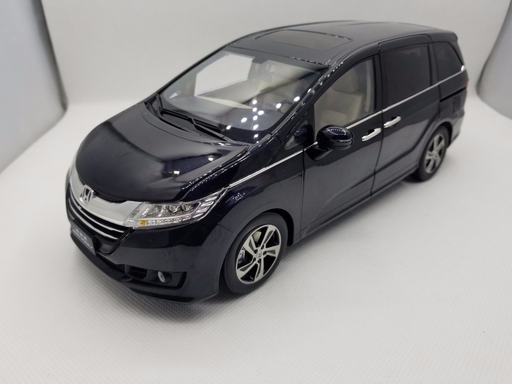 1:18 Diecast Model for Honda Odyssey 2015 Deep Blue MPV Rare Alloy Toy Car Miniature Collection Gifts Van 1 18 diecast model for volkswagen vw all new touran l 2016 brown mpv alloy toy car miniature collection gifts