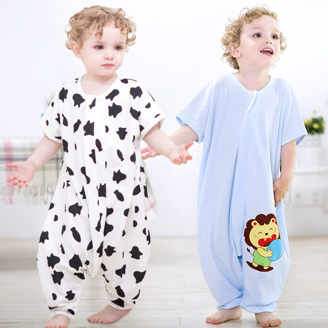 Baby cartoon penguin printing bag with short sleeves Cotton cent leg bag  Summer prevent play is my pajamas 0 to 2 years old baby 8841f1f48