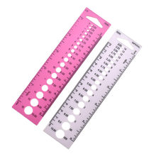 1 Piece Plastic Knitting Needle Size Gauge Inch cm Ruler Tool (US UK Canada Sizes) 2-10mm Costura Sewing Accessories Tools(China)