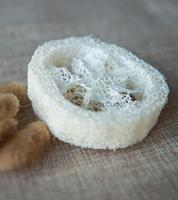 2 cm de espessura de 3.5-5.5 cm de largura 100 pçs/lote Bucha Luffa Loofa Sliceshandmade DIY ferramentas de sabão  cleanner  purificador da esponja  suporte do sabão