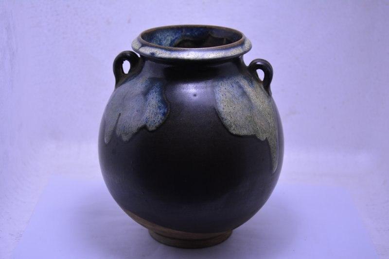 Pot en porcelaine Rare de la vieille dynastie chinoise