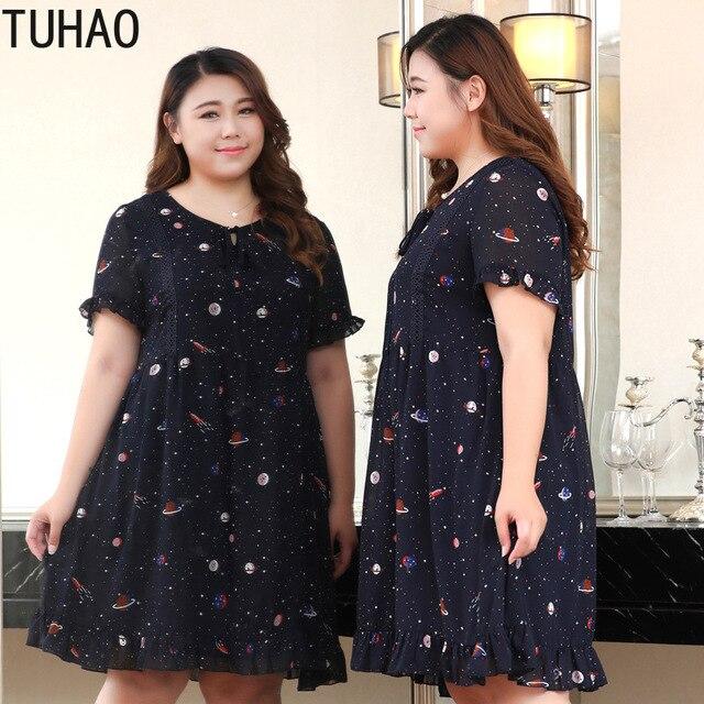 TUHAO nadruk w stylu Vintage Ruffles kobiety sukienka Plus rozmiar 10XL 9XL 8XL eleganckie granatowe biuro damskie sukienki letnia sukienka duże rozmiary odzież