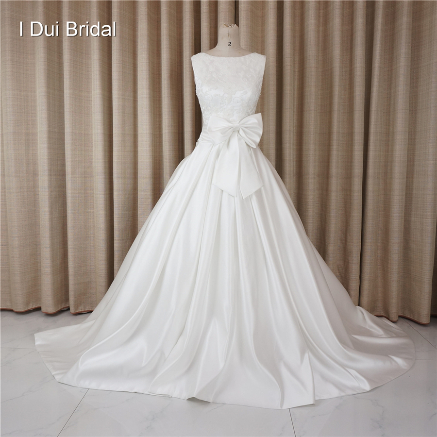 Luxury Pearl Beaded Wedding Dresses High Quality Satin with Bow Tie Decorated Chapel Train Real Photo