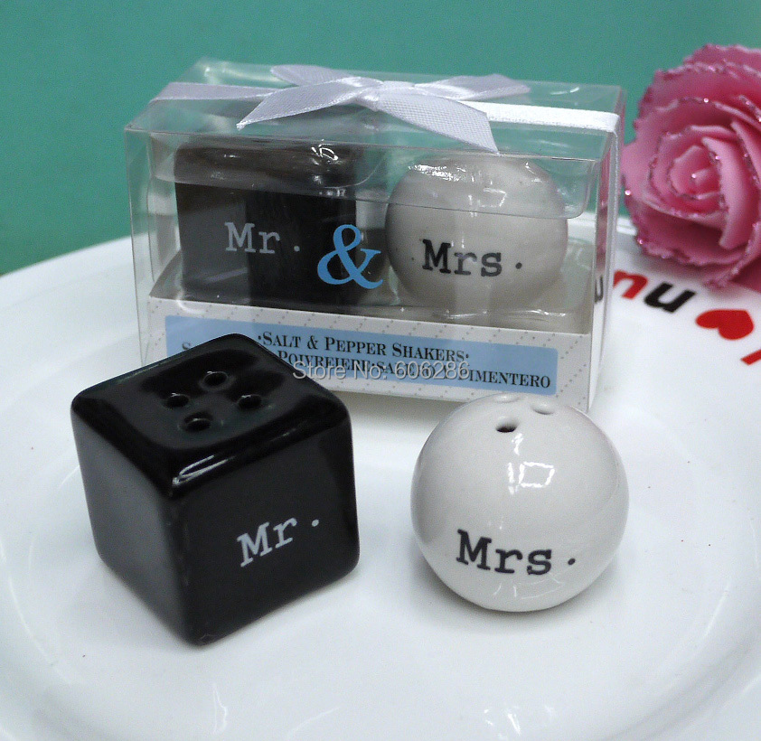 10sets lot cheap wedding giveaway small door gift items mr mrs mr mrs ceramic salt and. Black Bedroom Furniture Sets. Home Design Ideas