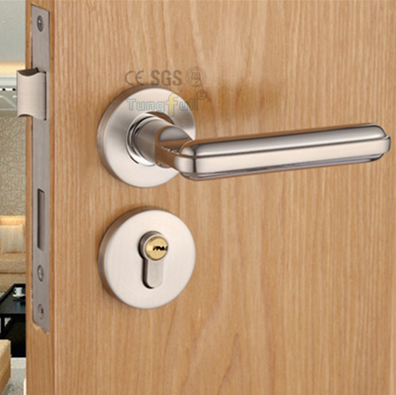 Quiet simple wood bedroom door interior locks modern for Door handle with lock
