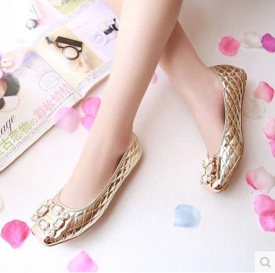 Crystal Design Woman Flat Shoes Rhinestone Pearl Woman Luxury Brand Shoes Espadrilles Metal Square Toe Loafers Velvet Shoes 3244