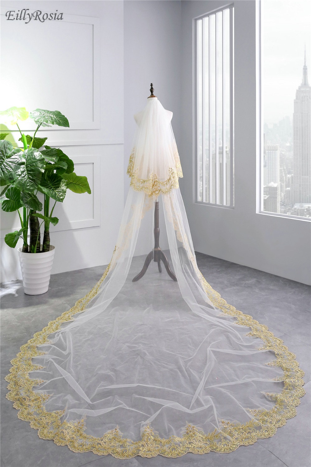 Rose Red Bride To Be Gold Wedding Veil With Comb Two Layer Bridal Tulle Veils Wedding Accessories