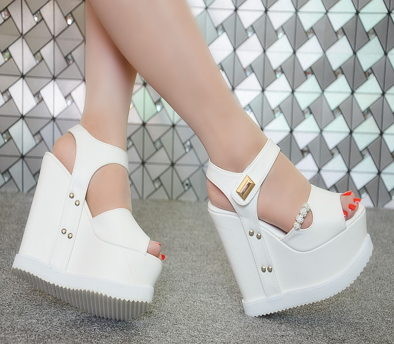 2018 summer thick bottom waterproof table womens sandals super high heel 15cm womens muffin slope and fish mouth buckle shoes