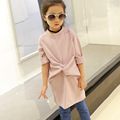 The girl in the long shirt in the autumn of 2016 new children's wear long sleeved t-shirt  bow