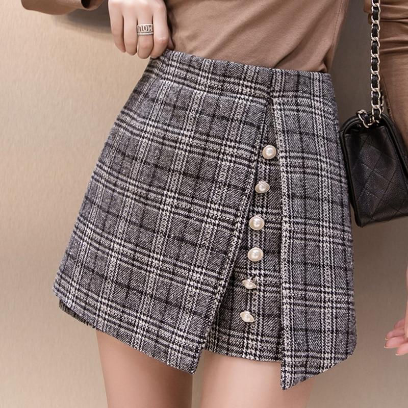 2019 winter Woolen shorts women high waist Button plaid skirt shorts harajuku irregular ladies shorts plus size short mujer