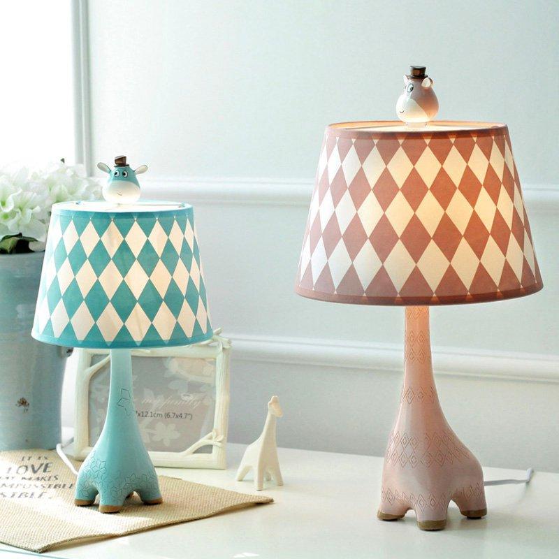 Modern European Resin Giraffe Bedroom table lamp Study Room Desk lamp creative Fabric Lampshade Study room Desk Lights