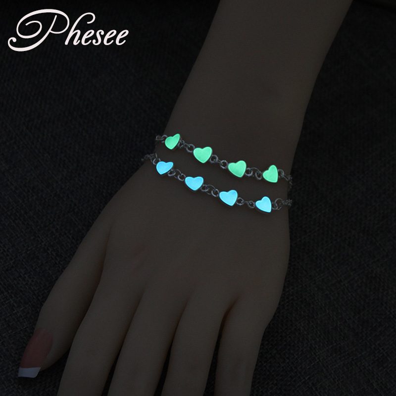 Phesee Luminous Heart Pendant Bracelets For Women Pretty Punk Bracelet Lover Bangles Party Fashion Female Bracelet