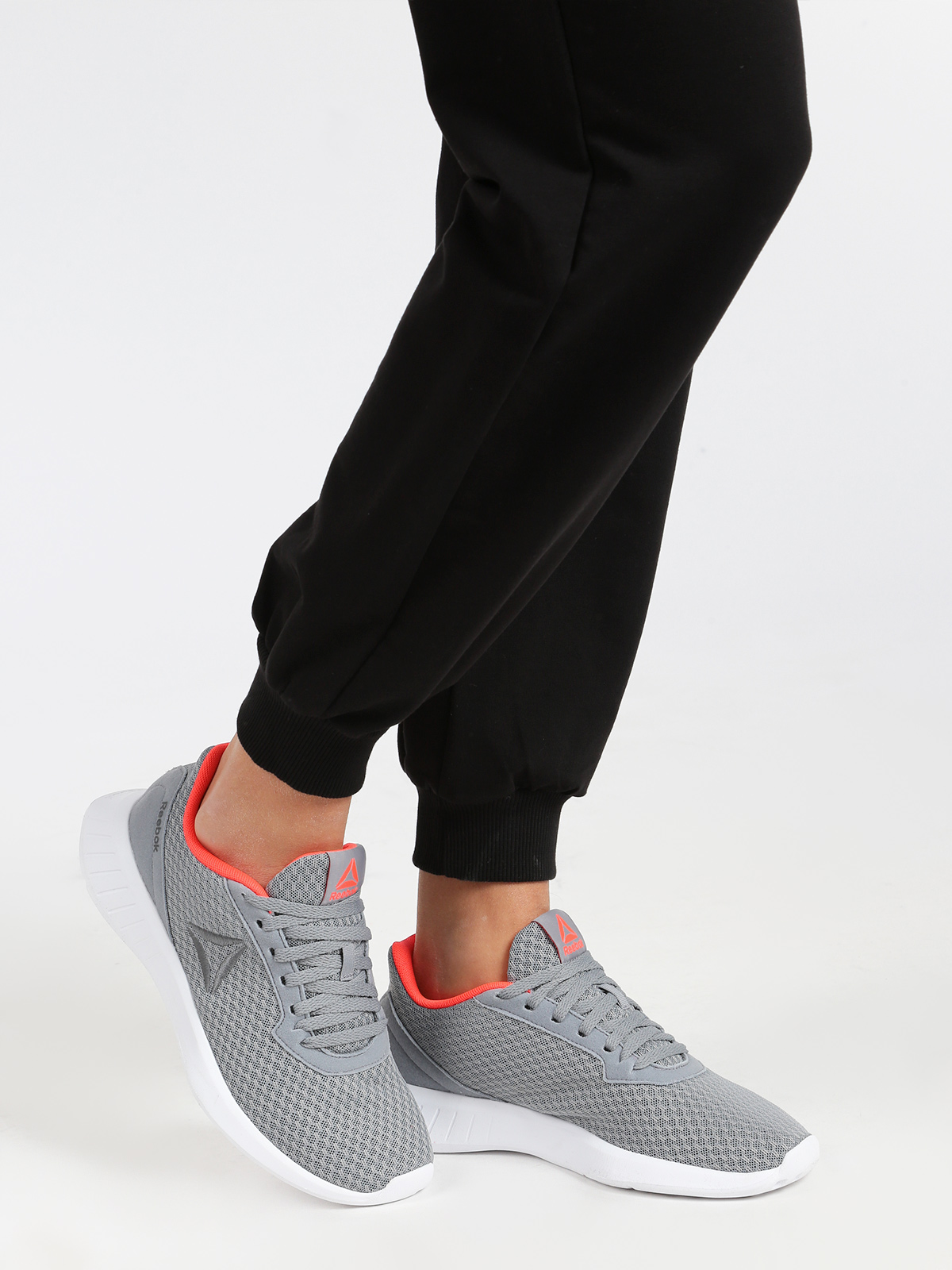 Lite Running shoes running woman in gray