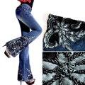 2016 Otoño Invierno Moda mujer Bordado Perlas Decorado Azul Jeans, mujeres Elásticos Acampanados Pantalones de Mezclilla, Pantalones de la mujer
