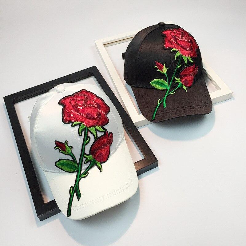 2018 New Summer Nouveaux Modes Creative Casquettes de Baseball De Mode Monochrome Roses Broderie Courbe Combles Mâle et Femelle Caps.