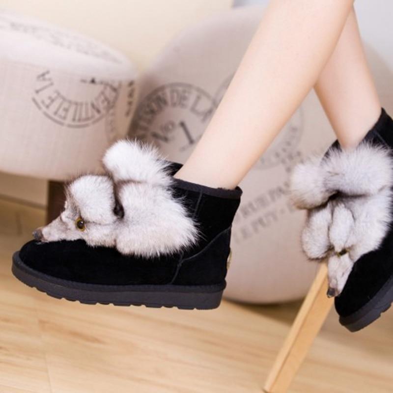 Prawdziwej skóry kobiet buty śnieżne futro zimowe ciepłe kobiety botki buty Plus rozmiar Fox zwierząt mieszkania buty damskie grube platformy w Buty do kostki od Buty na  Grupa 3