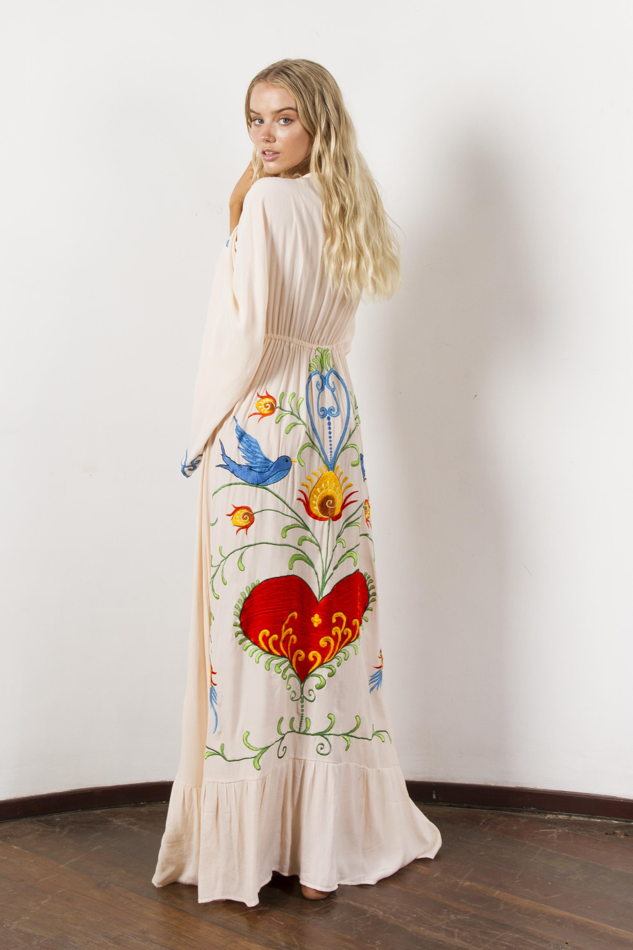 Embroidered Batwing Sleeve Loose Maxi Dress