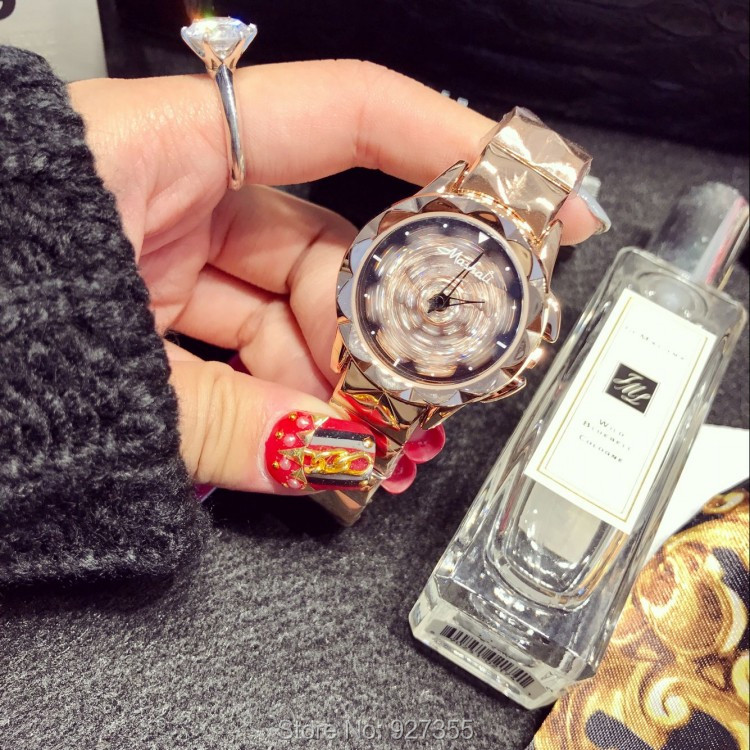 2017 New Women Watch Stainless Steel Watches Lady Shining Rotation Dress Watch Small Dial Wristwatch Lady Rose Gold Watch Clocks