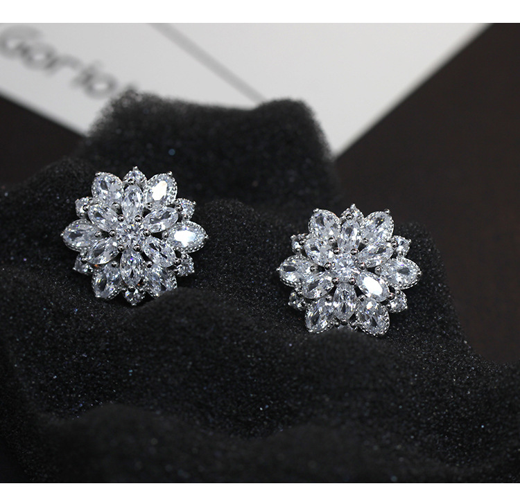 Korean Full Crystal Flower Stud Earrings 925 Sterling Silver Stud Earrings Jewelry Pendientes Brincos Fashion Jewelry