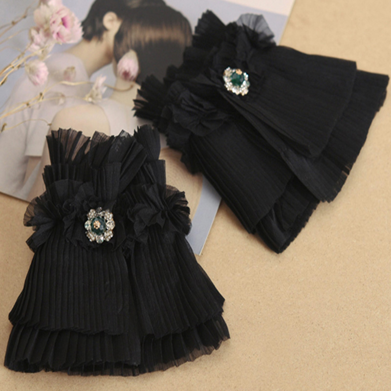 Vintage Collar False Collar Irregular Pleated Bow Drill Decorative Fake Collar Sleeve Victorian Detachable Collar Vintage Black