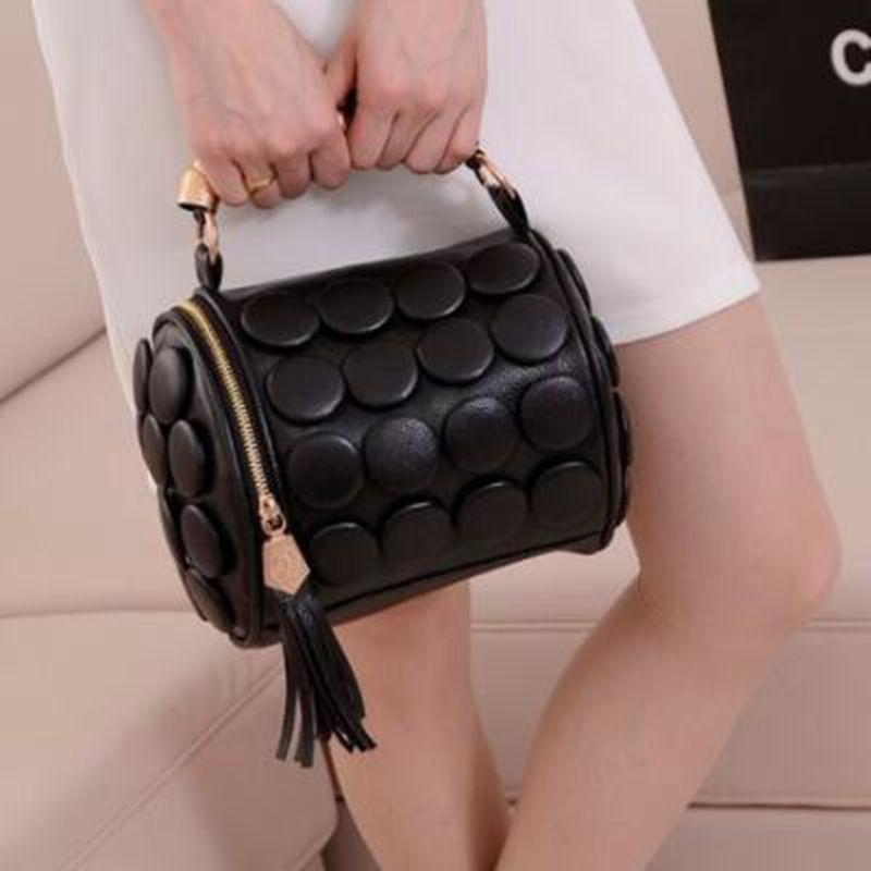 Women's Handbags Boston Bags Ladies Tassel Button Messenger Bags Leather Shoulder Bags Designer Bucket Bag Clutch Bolsas X367