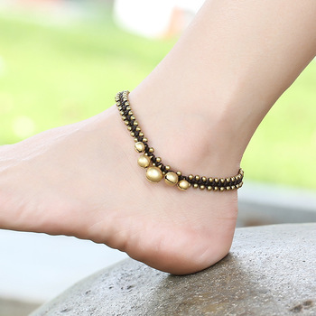 02bb390d94e4 Bohemia Retro ajustable trenzada hecha a mano del grano de cobre Campana moda  mujeres tobillo Simple playa pies joyas para damas regalo