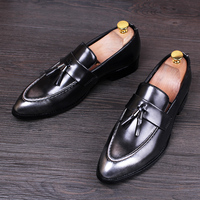2017 British Style Men Dress Business Leather Shoes Fashion Tassel Pointed Toe Wedding Shoes Black Red