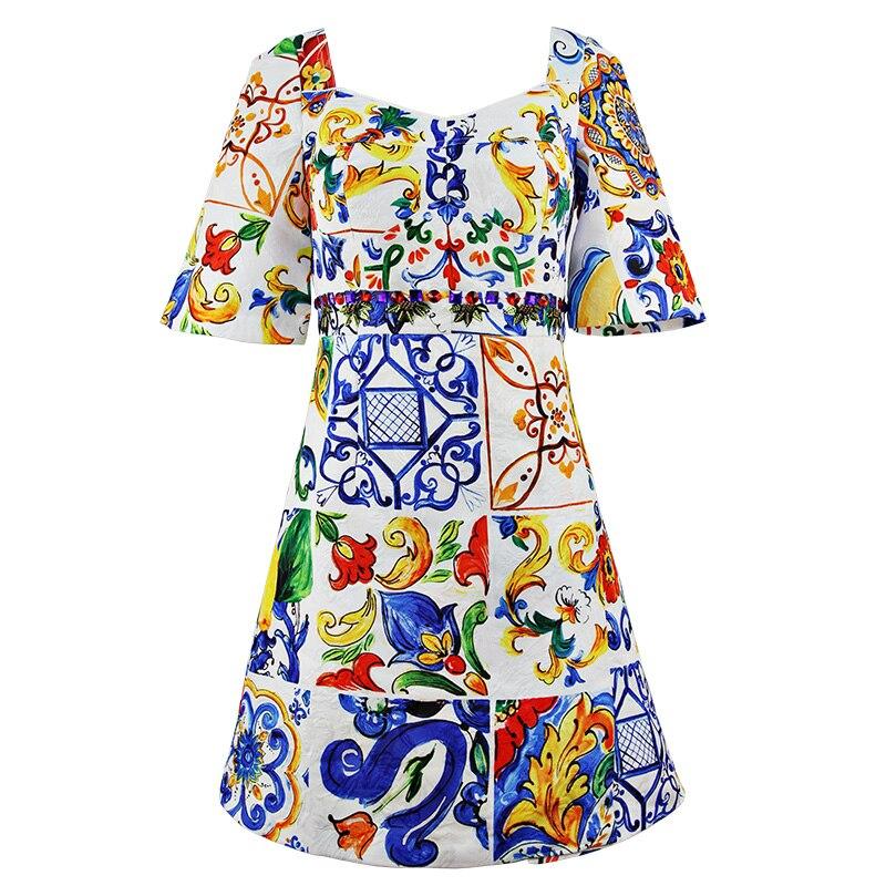 Kadın Giyim'ten Elbiseler'de Yüksek kalite 2019 Moda Pist yaz elbisesi Kadın Kısa Kollu Backless Muhteşem Çiçek Baskı Kristal Boncuk Vintage Elbise'da  Grup 1