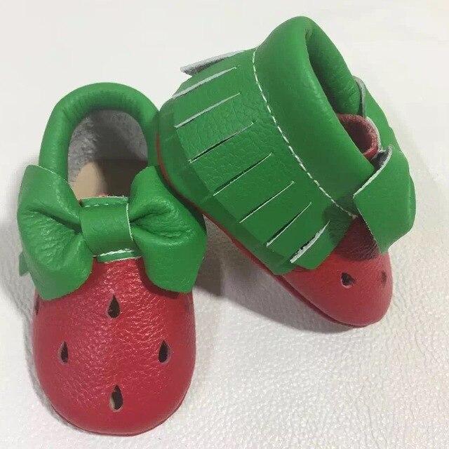 Высокое качество милый стиль натуральная кожа Новорожденных первый ходунки новорожденных девочек детская обувь мокасины