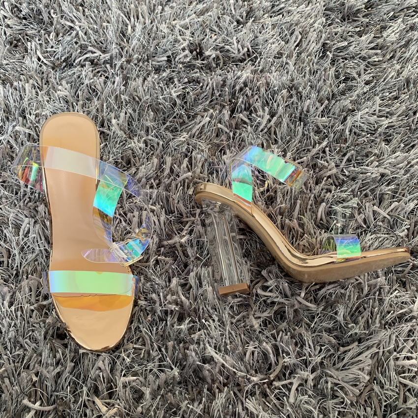 2019 Women Sandals Shoes Celebrity Wearing Simple Style PVC Clear Transparent Strappy Buckle Sandals High Heels Shoes Woman
