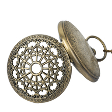 лучшая цена Retro Vintage Red Copper Pendant Vintage Pocket Watch Spider Web Hollow Mechanical Watch