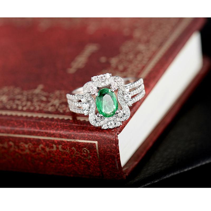 Yeni Dizayn Oval 5x7mm Təbii Zümrüd Diamond Ring 18K Ağ Qızıl - Gözəl zərgərlik - Fotoqrafiya 4