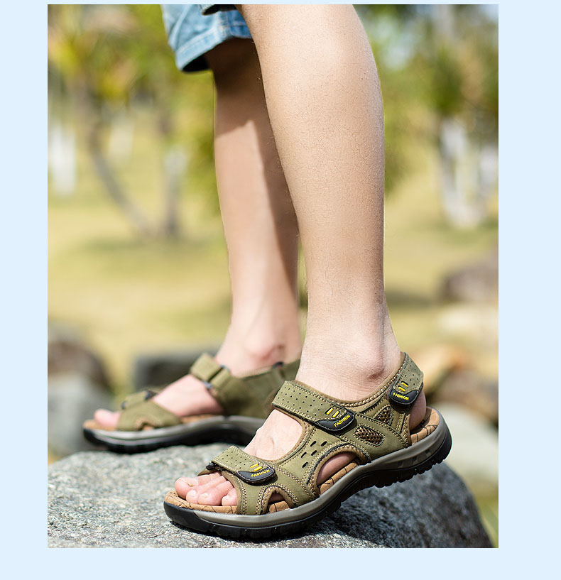 Hot Sale New Fashion Summer Leisure Beach Men Shoes High Quality Leather Sandals The Big Yards Men\`s Sandals Size 38-45 (19)