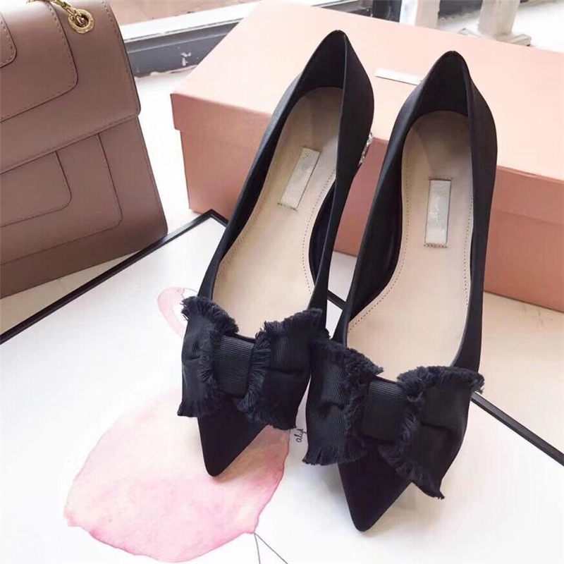 Elegant Butterfly-knot Women Casual Shoes Crystal Black Pointed Toe Fltas Loafers for Women Comfortable Driving Tenis FemininoElegant Butterfly-knot Women Casual Shoes Crystal Black Pointed Toe Fltas Loafers for Women Comfortable Driving Tenis Feminino