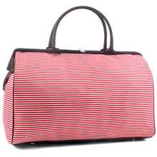 Купить с кэшбэком Women Large Travel Bags 2017 Fashion Weekend Hand Luggage Capacity Bag  Size 44*30*19cm  48%OFF 152