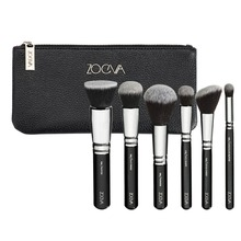 Exclusive selection of 6 professional, vegan face brushes made of synthetic hair