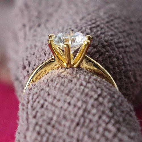 Klasyczny pierścień 2CT solidne kolczyki 24 K z żółtego złota Plated królewska korona projekt 925 SONA symulacja diamentowy zaproponować małżeństwo biżuteria 925 srebrny w Pierścionki od Biżuteria i akcesoria na  Grupa 1